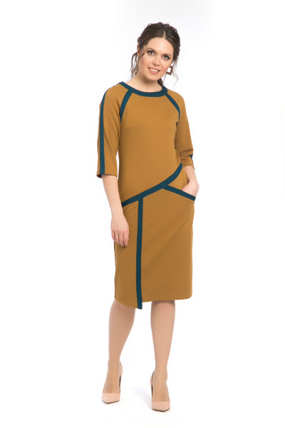 Платье горчичное с контрастными вставками П-538